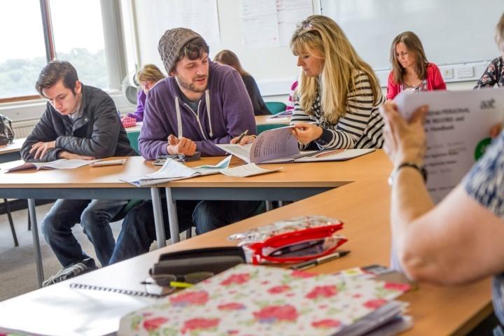 Tỉ lệ sinh viên hài lòng cao với các khóa học của trường