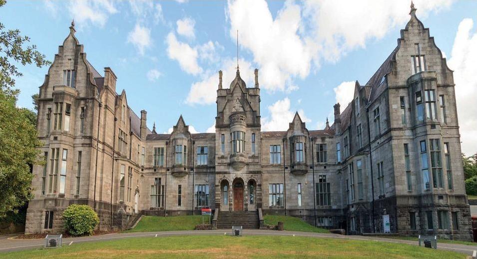 Hoàn thành chương trình học viên sẽ vào học tại Đại học Bangor