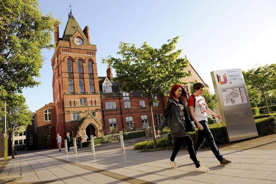 Trường đại học hiện đại đầu tiên tại Anh Quốc
