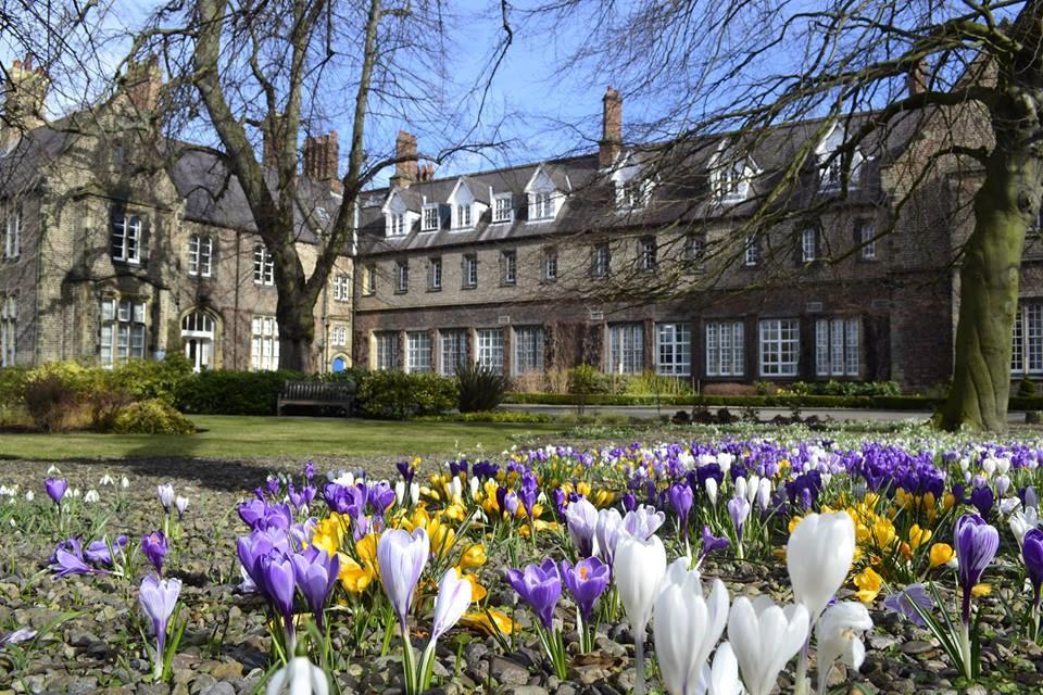 Nét cổ kính của Đại học York St John
